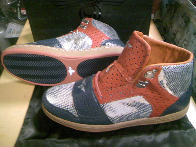 CR8 Cesario-Hi Rust/Navy 4-4
