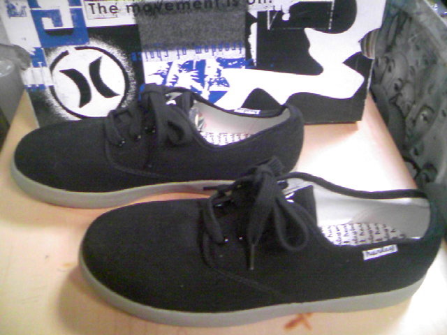 Hurley Bust Shoes 2-3x
