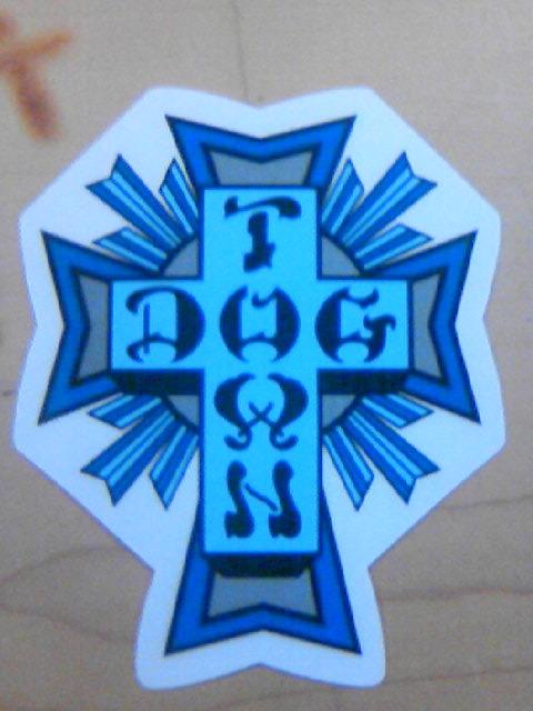 DTS Cross Logo ステッカー 6-1z