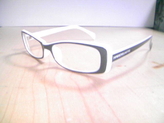 30006Bl-Wh-Cl.jpg