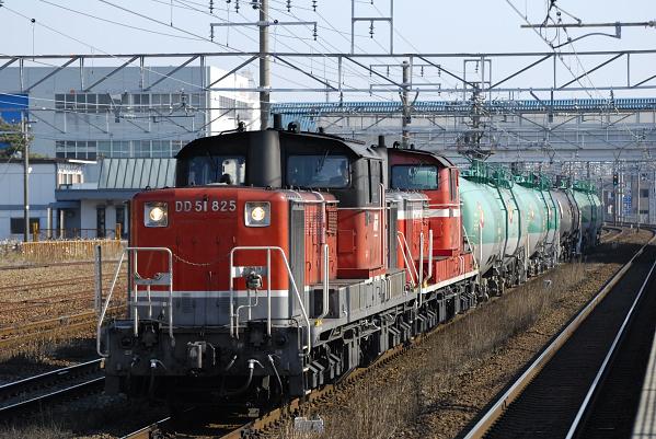 5284レ  DD51-825+847号機