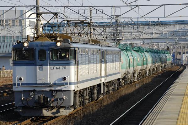 5870レ  EF64-75+72号機