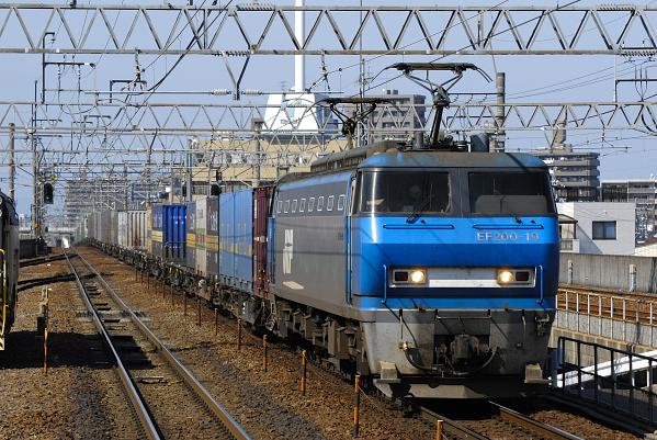 1050レ  EF200-19号機