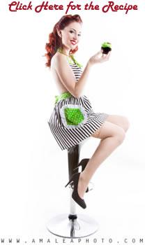 Model_Dorothy_Lime_Apron.jpg