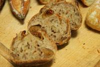 プチメック白いちじくとくるみのパン