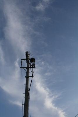 0905  電柱と空