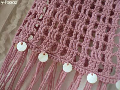 春物ピンクのシェルパーツ付きマフラー1