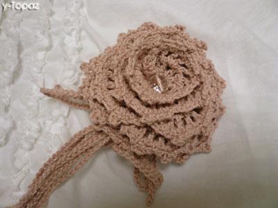 ピンクのバラのコサージュ2