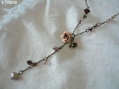 金古美×ヴィンテージローズのY字型ネックレス2