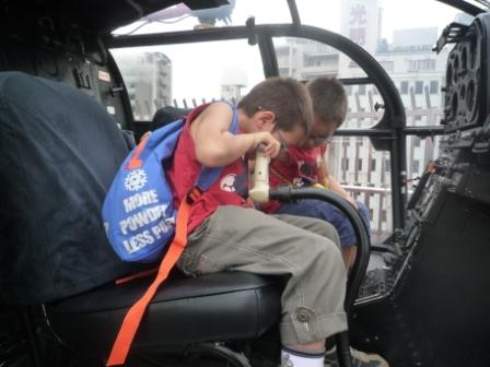ヘリコプターの操縦