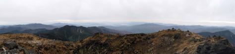 白根山山頂からパノラマ1