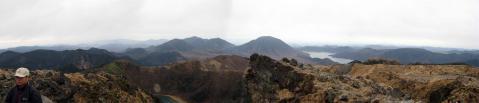 白根山山頂からパノラマ3