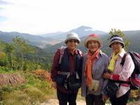 尾瀬ヶ原と燧ヶ岳を背景にスナップ