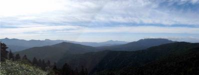登山道中のパノラマ風景1