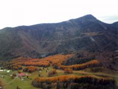 丸沼高原スキー場と四郎岳