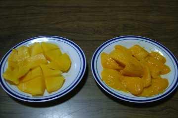 市場マンゴー VS コスタマンゴー