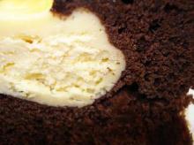 クリームチーズトップドチョコレート断面