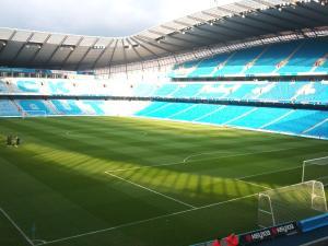 stadium-manc.jpg