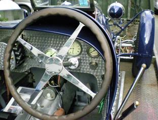 T35・ハンドル