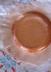 ピンクグラスのケーキプレート