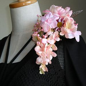 大輪ピンクローズと紫陽花の手作りコサージュ