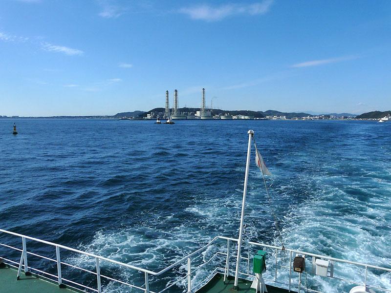 081123東京湾フェリーからの富士0