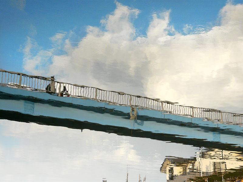 090320平作川に映る空2