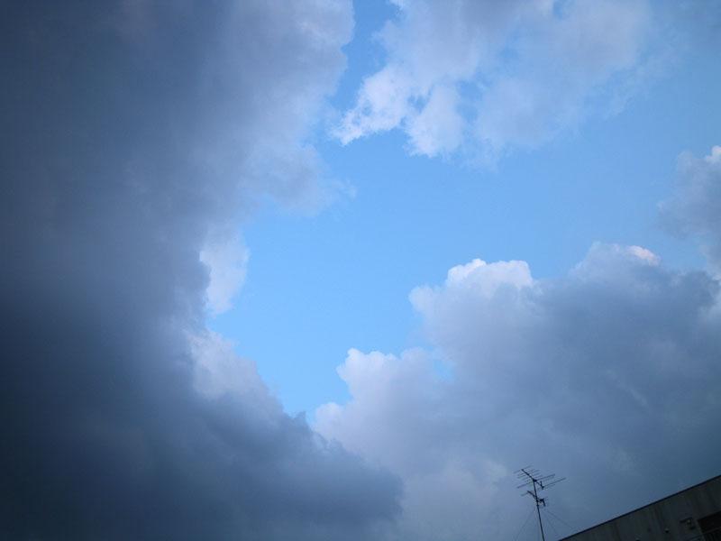 090327今日の空2