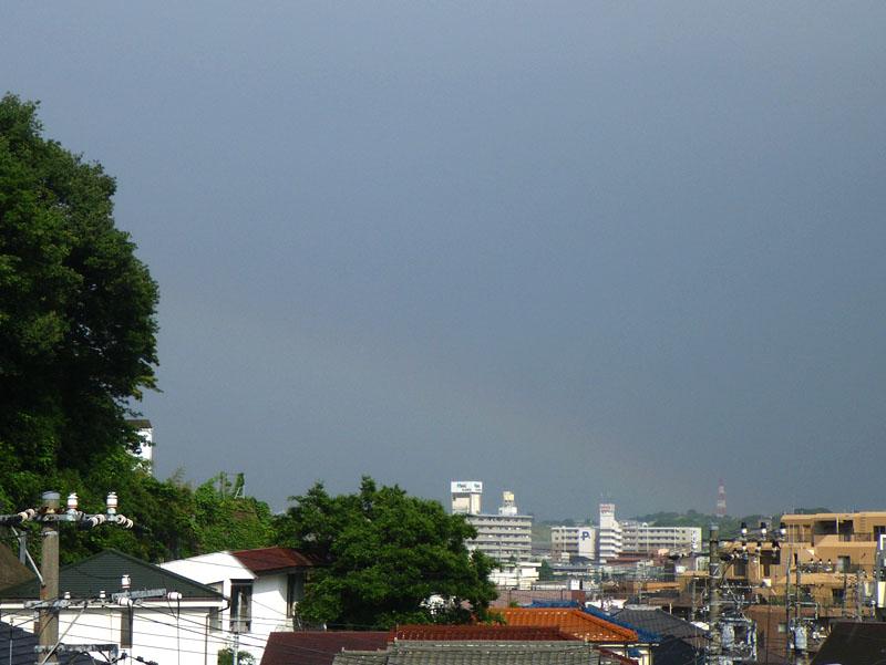 090601虹