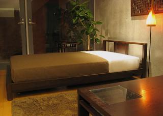 「シノワ・ベッド」