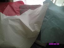 引き出しに敷く包装紙