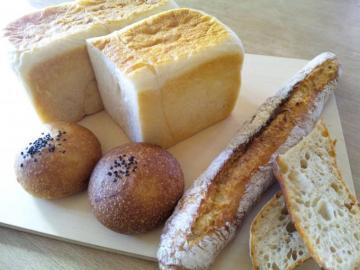 焼いたパン色々