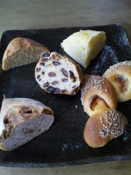 聖庵のパン