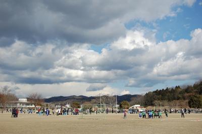 サッカー試合でした。寒かった!!!