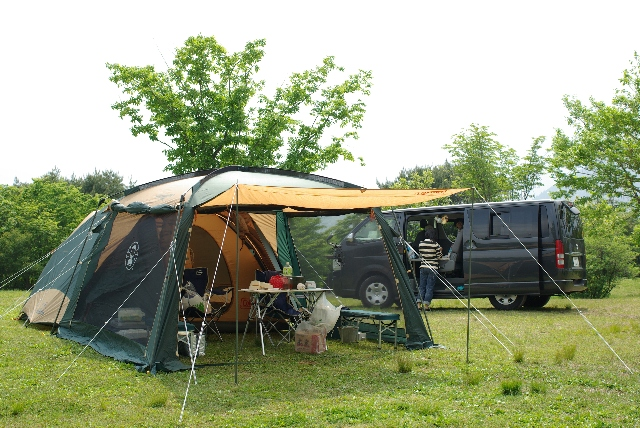 新しいテントでキャンプ