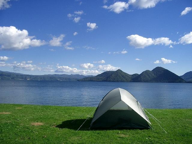 洞爺湖とテント