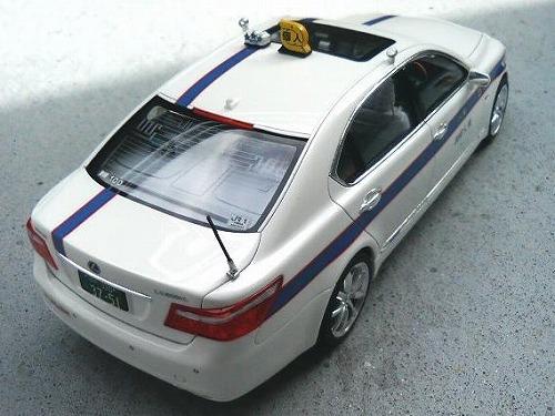 フジミレクサスLS600hL
