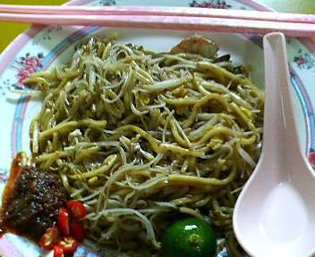 ゴールデンマイルフードセンターの海南福建炒蝦麺