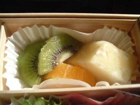 那覇ー羽田プレミアムクラスの機内食