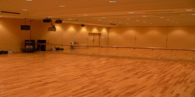 西部生涯スポーツセンター ダンススタジオ