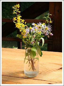 牛乳瓶の花