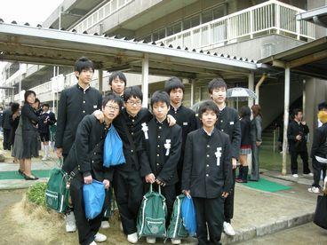 卒業生たち