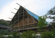 日吉町の茅葺屋根の改修1