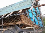 日吉町の茅葺屋根の改修2