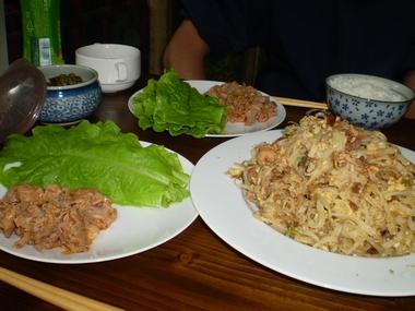 パッタイ&キムチ焼肉0929