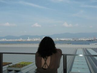 20080914神戸空港直美後姿
