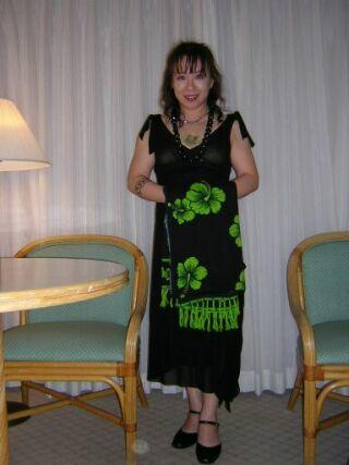 2010直美・ハワイ有名ポーズ部屋