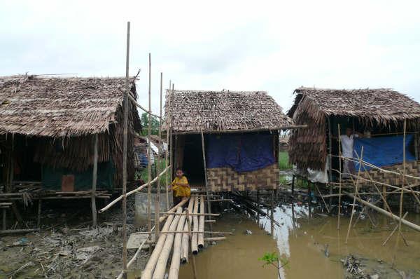 ヤンゴン郊外被災地
