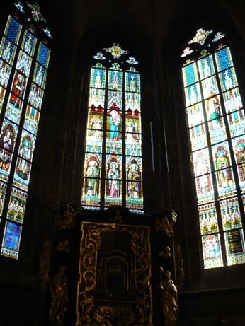 43 聖ヴィート大聖堂の中は