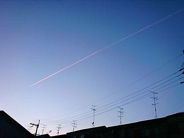 飛行機雲090514